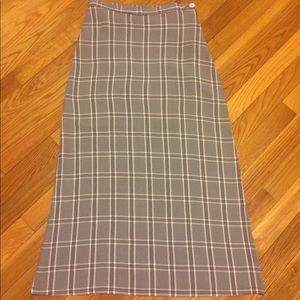United Colors of Benetton A-line plaid skirt. 42EU